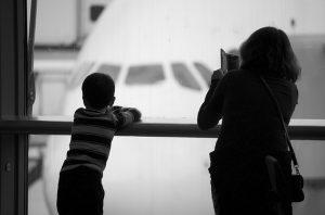 """ציוד לטיול בחו""""ל עם ילדים"""
