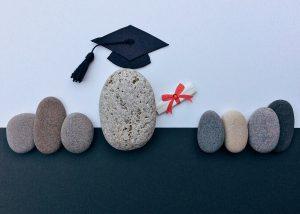 איך לעודד את הילדים להירשם ללימודים גבוהים