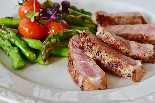ארוחת ערב משפחתית: לארוחה בשרית, תצטרכו בשר איכותי באמת